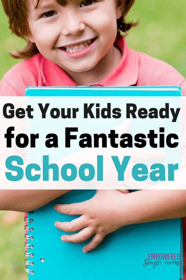 Parents make sure your preschoolers are ready for school with these ideas from a kindergarten teacher. #backtoschool, #learning, #school