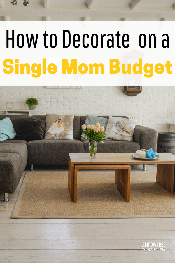 Decorate on a dime with these budget ideas. You can have a beautiful home with these frugal living tips. #decoratingideas, #frugalliving, #savemoney