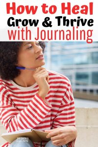How to start journaling, tips for beginners. Inspirational prompts for healing. Cute ideas for bullet journals. Prompts for anxiety and stress reduction. A process for self-care and self-discovery.
